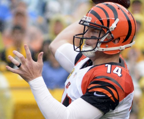 Cincinnati Bengals must balance Andy Dalton's air game