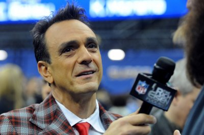 Redemption key theme in Season 3 of Hank Azaria's 'Brockmire'