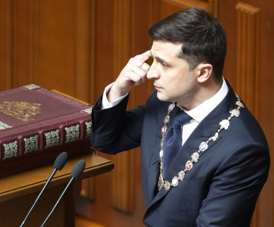 Ukraine's Volodymr Zelensky must tread carefully to avoid another uprising