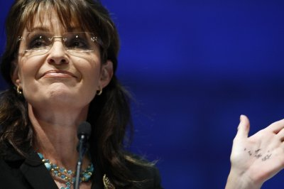 Fla. Democrat: Palin 'half-baked Alaskan'