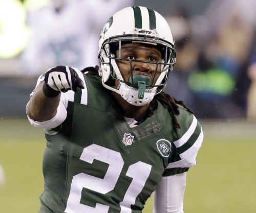 New York Jets part ways with Chris Johnson, retain Pace and Babin