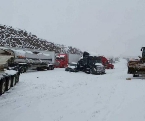 Spring snowstorm leads to 60-vehicle pileup in Wyoming