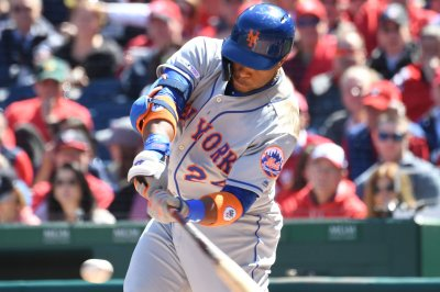 Robinson Cano abuses Max Scherzer changeup for HR in first at-bat with Mets