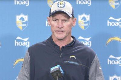 Chargers fire offensive coordinator Ken Whisenhunt