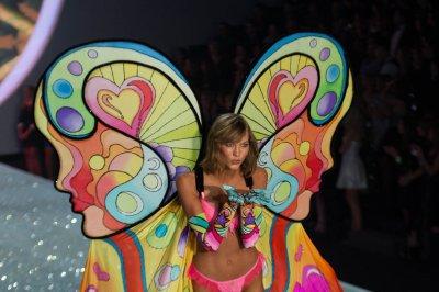Karlie Kloss reportedly leaving Victoria's Secret