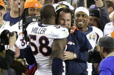 """Denver Broncos' Von Miller: Gary Kubiak was """"believable"""" leader"""