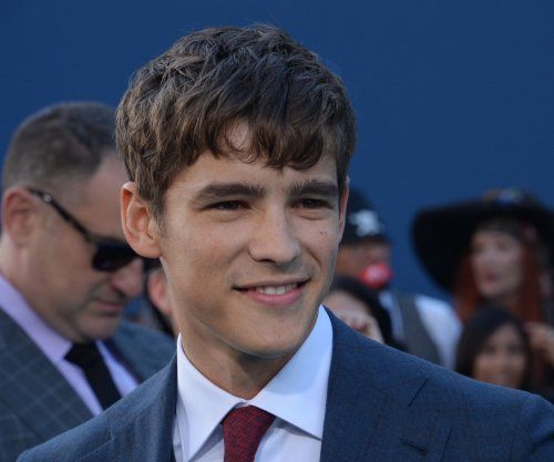 'Titans': Brenton Thwaites cast as Dick Grayson in upcoming live-action series