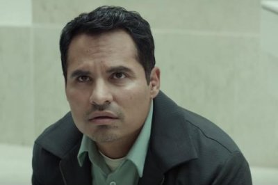 Michael Pena dreams of an alien invasion in trailer for Netflix's 'Extinction'
