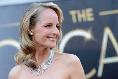 'World on Fire,' starring Helen Hunt and Sean Bean, to air on PBS