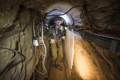 Israel moves to eliminate tunnels from Gaza