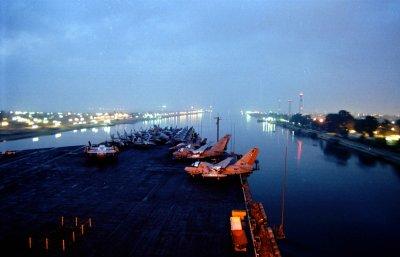 Egypt announces plans for new Suez Canal