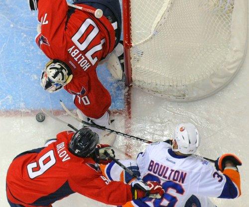 New York Islanders beat Washington Capitals to clinch playoff berth