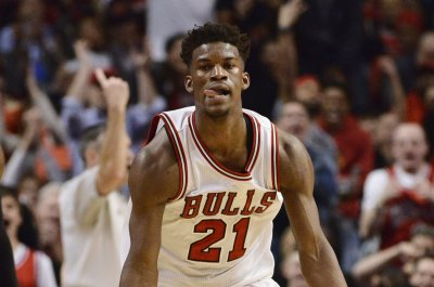 Jimmy Butler, Dwyane Wade lead way as Chicago Bulls beat Miami Heat