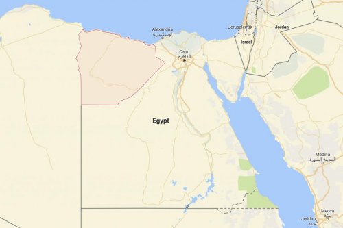 Egyptian police killed in shootout with militants
