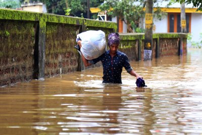 Severe monsoon flooding kills 79 in southern India