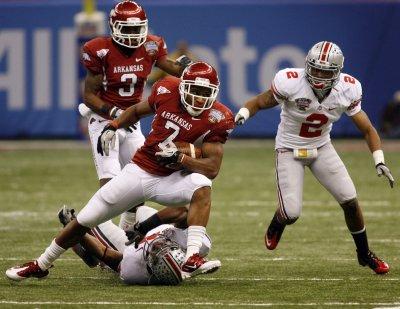 Arkansas' Knile Davis to miss 2011 season