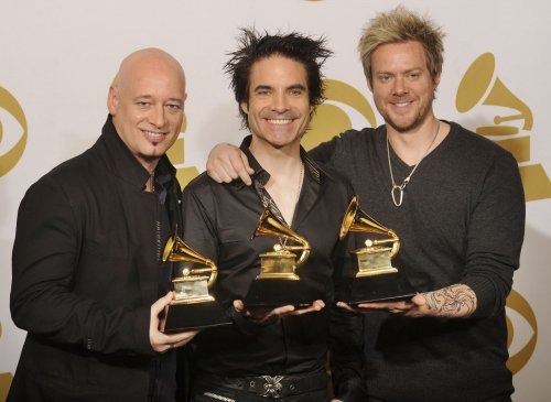 Pop band Train plans hometown concerts