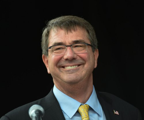 Defense Secretary Ash Carter endorses 'Lean In Circles'