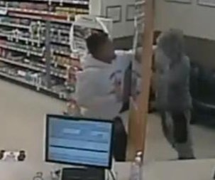 Champion boxer takes down attempted robbery suspect at Walgreens