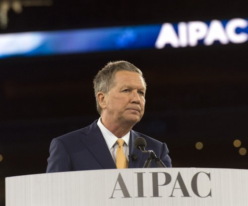 Kasich says profiling Muslims is 'knee-jerk' reaction