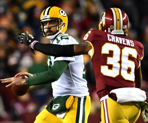Green Bay Packers' Aaron Rodgers, Miami Dolphins Jay Ajayi among players of week