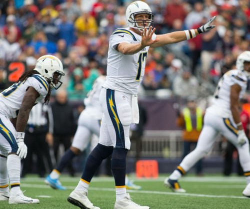 Los Angeles Chargers QB Philip Rivers has a concussion