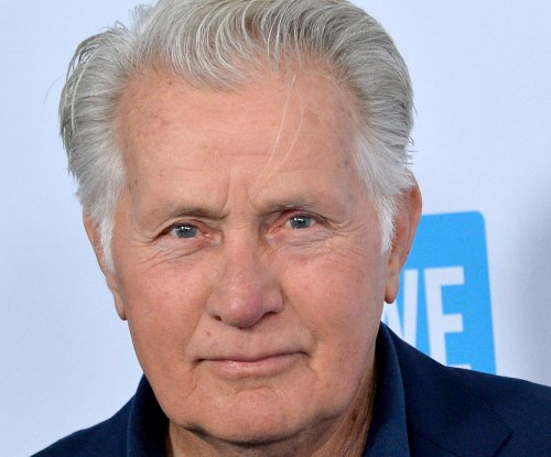 'The West Wing' turns 20: Updates on the cast