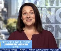 Jennifer Weiner says late mom inspired plus-size characters