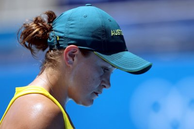 No. 1 Ash Barty upset, Americans Tiafoe, Giron advance in Olympic tennis