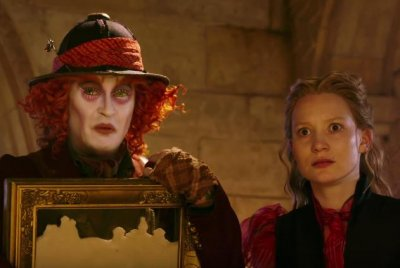 'Alice Through the Looking Glass' releases first trailer
