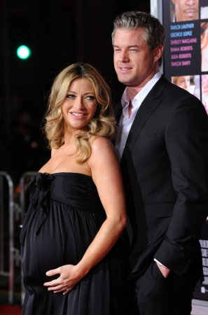 'Grey's' star Eric Dane enters rehab