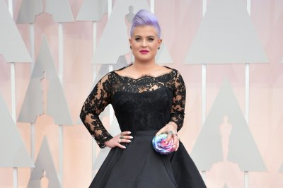 Kelly Osbourne leaving 'Fashion Police' to 'pursue other opportunities'