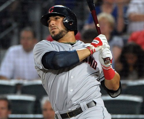 Detroit Tigers agree to terms with INF Mike Aviles