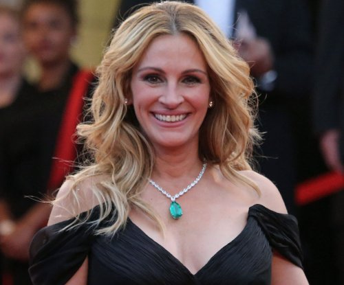 Julia Roberts to receive Woman of the Decade honor at Guys Choice Awards