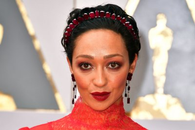 Ruth Negga, Felicity Jones, Auli'i Cravalho are early arrivals on the Oscars red carpet