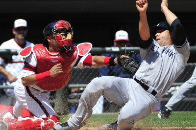 Chicago White Sox catcher Geovany Soto to miss 3 months after elbow surgery
