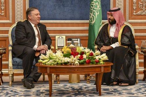 Saudi crown prince orders release of 2,100 Pakistani prisoners