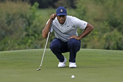 Tiger Woods fails to qualify for Tour Championship, season over