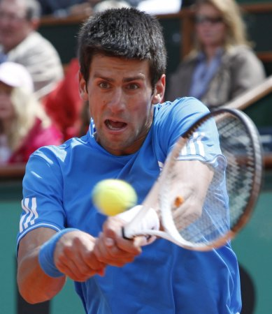 Djokovic advances to Halle quarterfinals