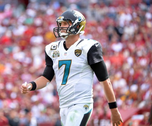 Jacksonville Jaguars re-sign QB Chad Henne to two-year deal