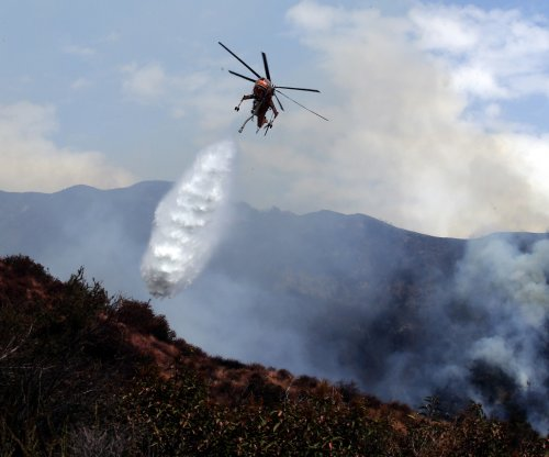 LA firefighters contain 30% of La Tuna wildfire