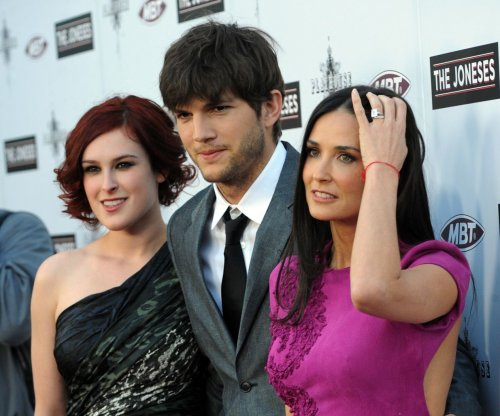 Rumer Willis impresses Ashton Kutcher with body positive essay