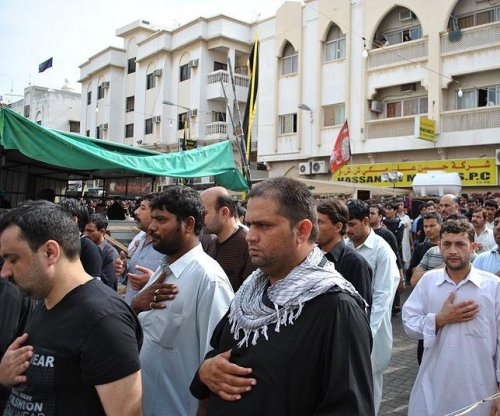 Gunman linked to Islamic State kills five Shia worshippers in Saudi Arabia