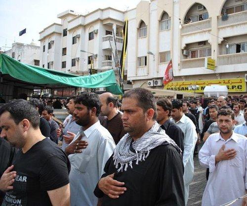 Gunman linked to Islamic State kills five Shia worshippers in Saudi Arabia