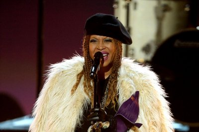Erykah Badu to donate concert proceeds to Detroit rape kit project