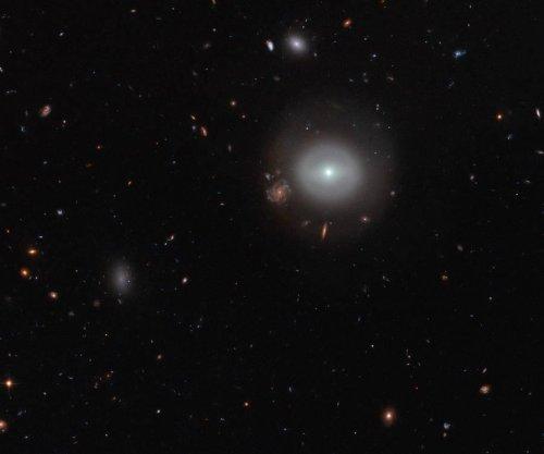 Hubble spots luminous lenticular galaxy