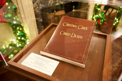 'A-Christmas-Carol'-coming-to-Broadway-with-Campbell-Scott-as-Scrooge