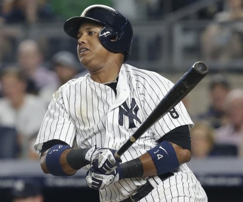 Starlin Castro, Aaron Hicks lead New York Yankees to win over Chicago Cubs