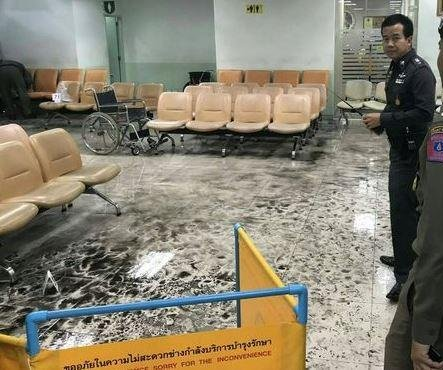 Bangkok hospital bomb blast injures at least 21 people