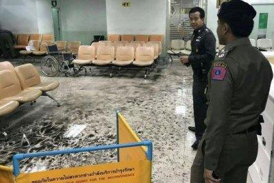 Bangkok hospital bomb blast injures at least 21 people